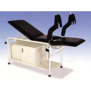 CABINET GYNAE EXAMIANTION COUCH
